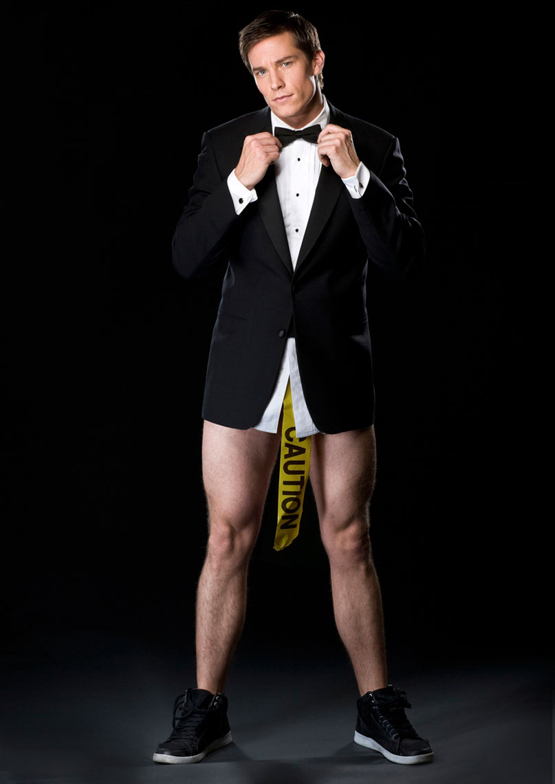 Comedian Colin Kane with no pants photo by Monte Isom